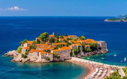 Тур с отдыхом на море Черногории и посещением Австрии, Италии, Хорватии, Венгрии