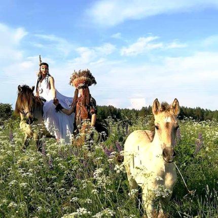 Эко-тур: индейская деревня + конное шоу + подземелья древнего собора